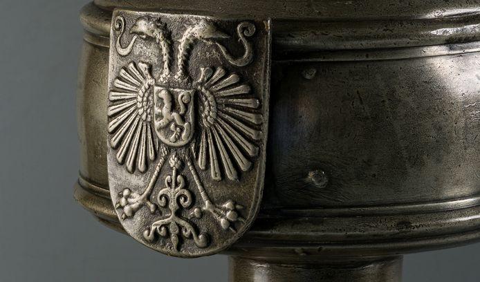 Het wapen van Nijmegen op de historische stadskan