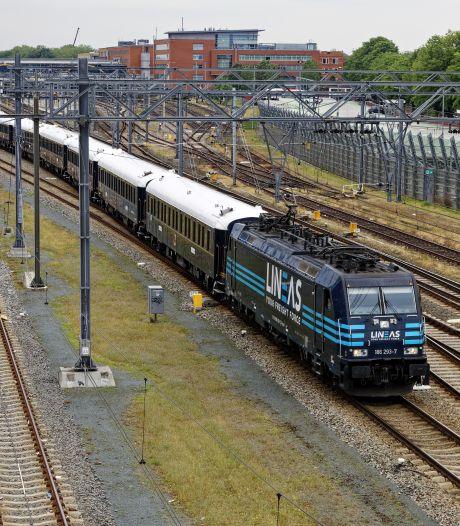 Buitenkansje voor treinfans: Express Venice  Simplonel Oriënt Express heel even in Den Bosch
