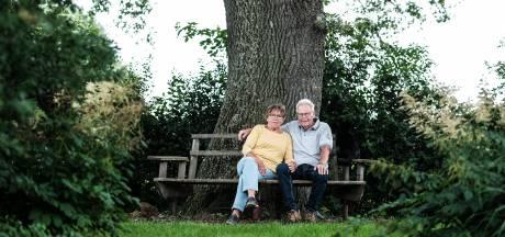Yvonne en Wim nemen afscheid van hun prijswinnende paradijs: 'Al heel lang niet op zomervakantie geweest'