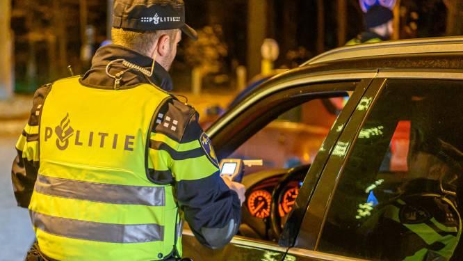Man (33) uit Boekel raakt rijbewijs kwijt nadat hij met alcohol op doorrijdt bij een controle in Uden