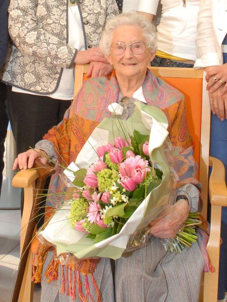 Anna vijf jaar geleden, op haar 105de verjaardag.
