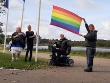 Regenboogvlag wordt op Schouwen-Duiveland niet op het gemeentehuis maar bij het Watersnoodmuseum gehesen