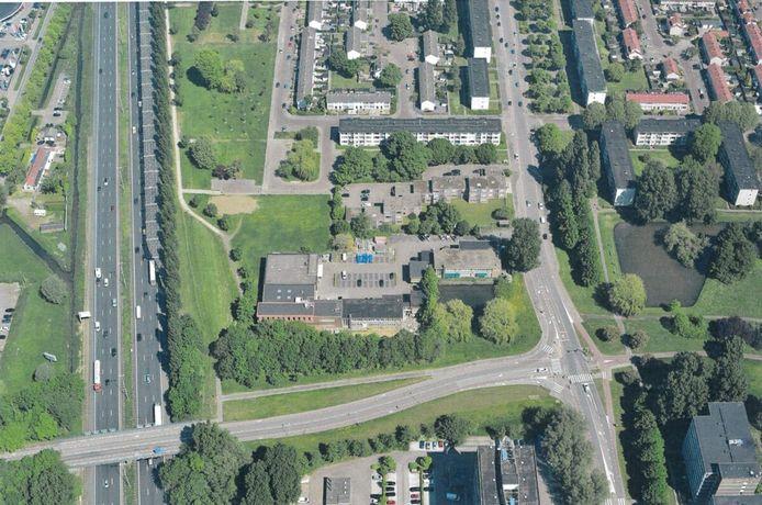 Een luchtfoto van de Bouwhuys-locatie in Wielwijk.