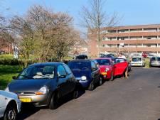 Ergernis in Utrechtse woonbuurt: parkeerders uit naastgelegen wijken zoeken gratis plekje