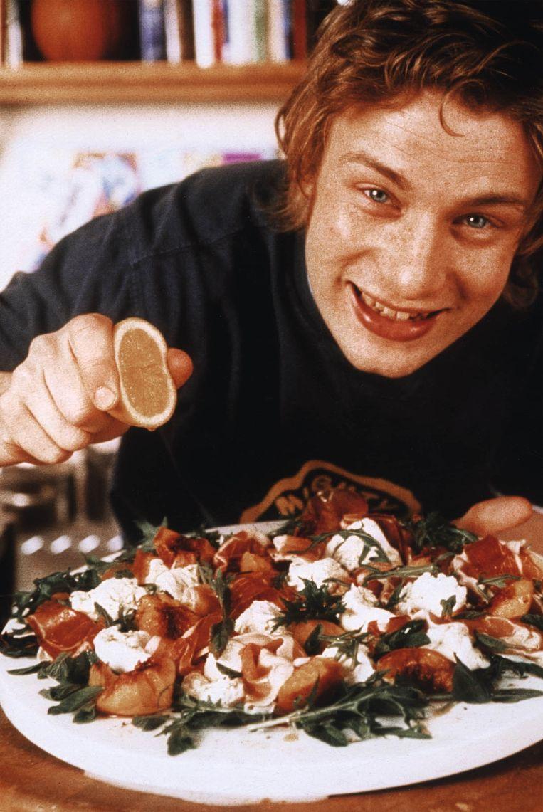 Jamie Oliver in 2001 als The Naked Chef.  Beeld Hollandse Hoogte, ANP Kippa