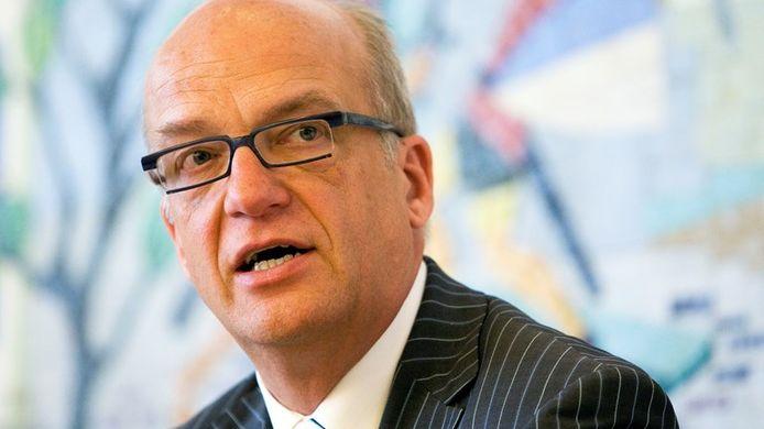Burgemeester Harry de Vries van Scherpenzeel kan niet meer op het vertrouwen rekenen van de wethouders in het college.