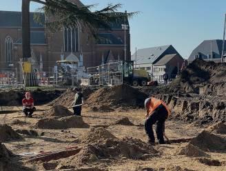 """Archeologen leggen geschiedenis van marktplein bloot: """"Al prehistorische sporen aangetroffen"""""""