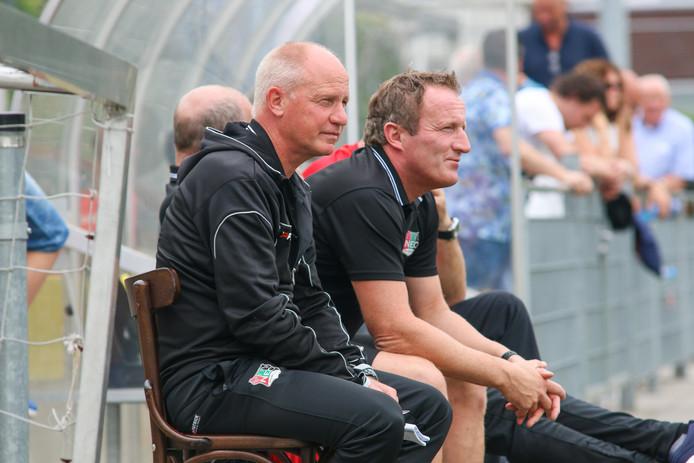 Ron de Groot en Patrick Pothuizen bij Jong NEC.