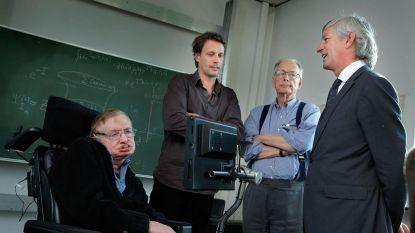 Hawking werkte op zijn sterfbed zijn belangrijkste onderzoek af. En een Belg hielp hem daarbij