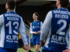 Trainer Van den Berg moet SC Emmeloord na een seizoen in de steek laten