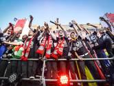 PSV-spelers genieten van de huldiging