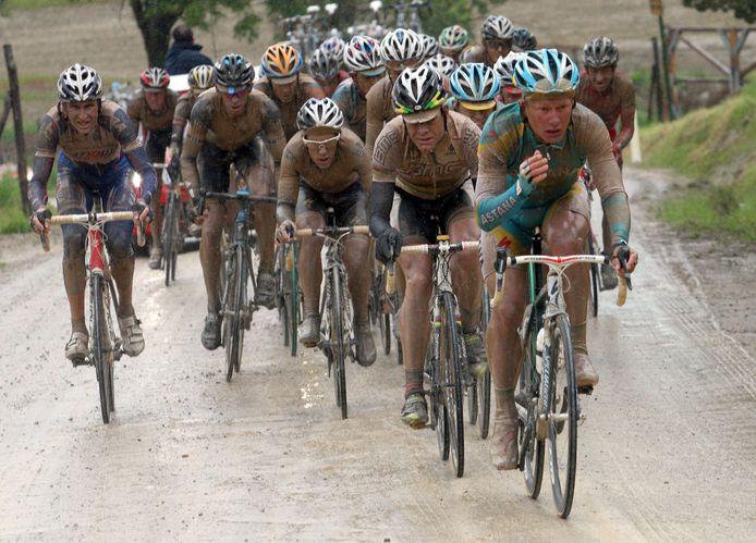 De etappe naar Montalcino zorgde in 2010 voor epische taferelen.