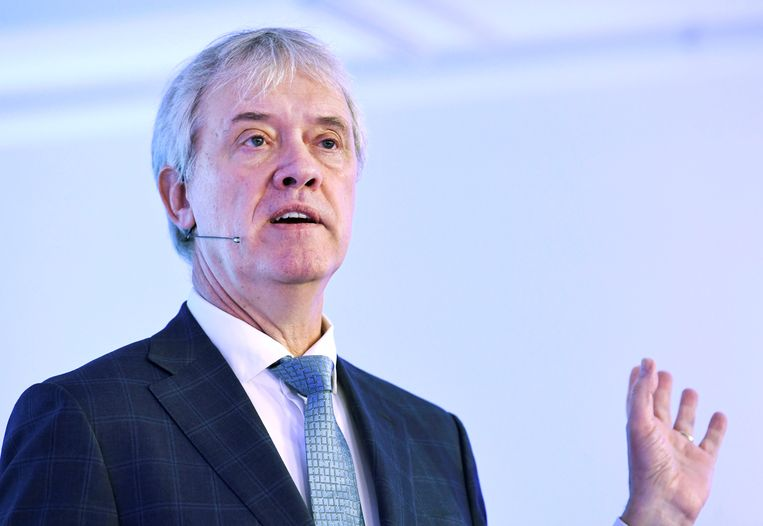 Peter Wennink, ceo van ASML, tijdens een persconferentie in in Veldhoven. Beeld Reuters
