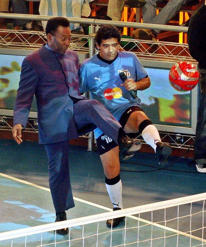 In 2005 te gast in de Argentijnse televisieshow 'La Noche del 10' van Diego Maradona.