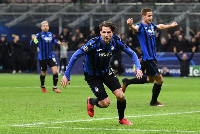 Hans Hateboer viert zijn tweede goal.