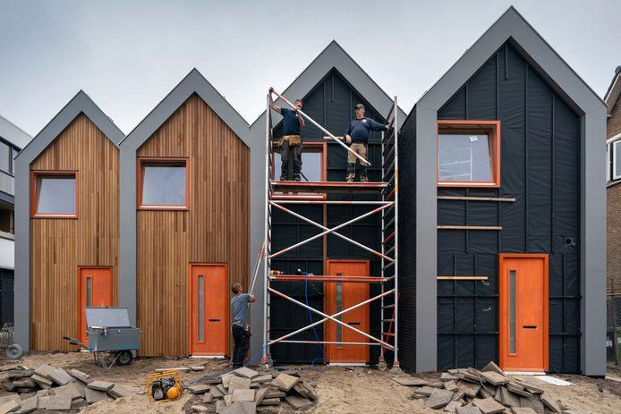 De micro-woningen in Waalwijk zijn zo goed als klaar.