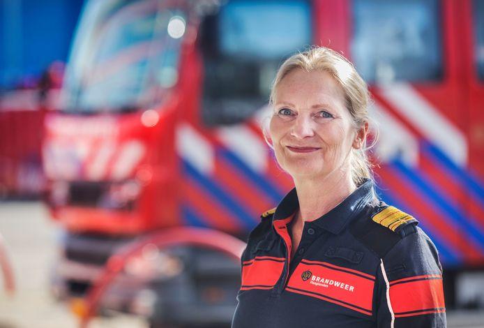 Esther Lieben is al tien jaar de hoogste baas van de brandweer Haaglanden.