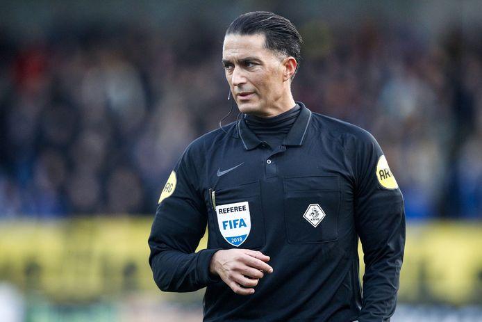 Serdar Gözübüyük tijdens VVV - FC Groningen.