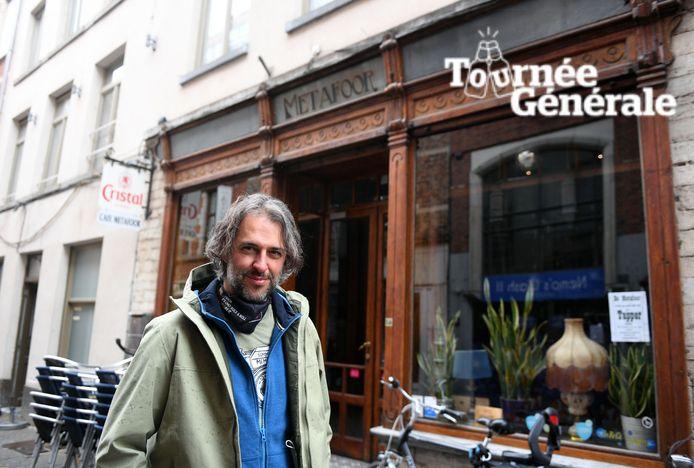 Lennaert Maes voor café Metafoor.