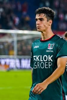 NEC-verdediger Odenthal begrijpt niet dat 4-3 van Feyenoord niet werd afgekeurd: 'Het was een duidelijke overtreding'