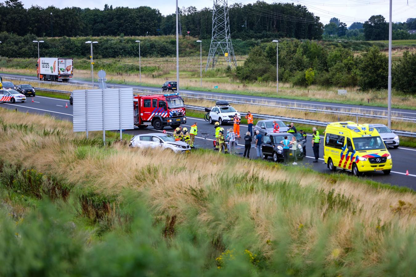 Een ernstig ongeluk op de A50 ter hoogte van Apeldoorn-Noord