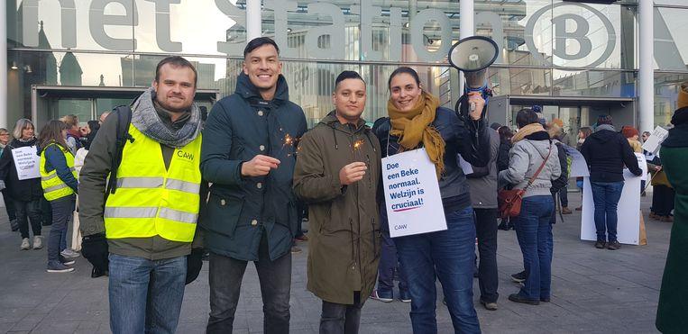 Ook de Antwerpse medewerkers van het CAW pikken de besparingen van minister Wouter Beke niet