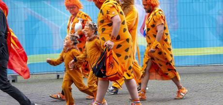 Run op kaarten voor uitzwaaiwedstrijd Oranje Leeuwinnen in vol PEC Zwolle-stadion: 'Geweldig voor de fans én de spelers'