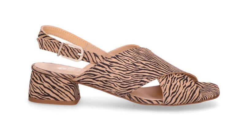 Sandalette met hak van 4 cm, nu € 91 Beeld null
