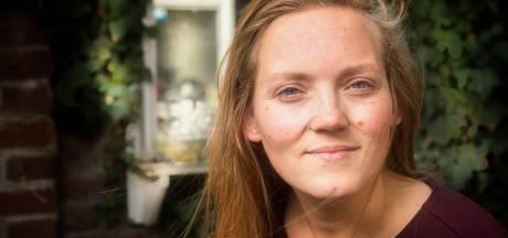 Willemijn (29) uit Enschede richt docentenvereniging op voor de streektaal: 'Twents leeft'