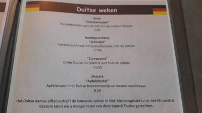 Wel currywurst, geen Duitse vlag in Gestelse gasterij