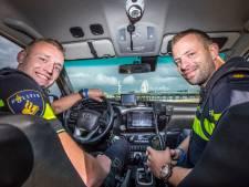 In Bureau Hofstad zijn Haagse agenten televisieheld: 'Die camera went, we doen gewoon ons werk'
