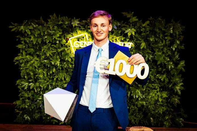 Sim Vanlangenhove is de winnaar van Gentrepreneur Student-Ondernemer 2021