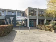 Waerdenborch in Holten schorst bewapende leerling