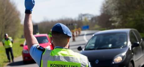 Boosheid en verwarring om scherpere Duitse coronaregels: Nederlanders overwegen smokkelroutes te nemen