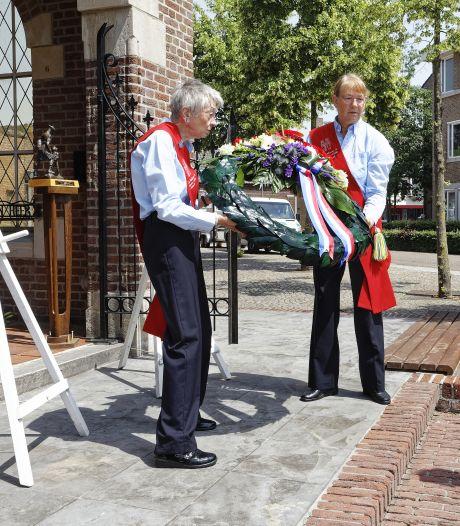 Corona of niet, in Schijndel liggen kransen voor veteranen