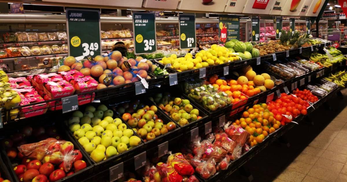 Topman Dirk van den Broek: Verlaag btw op groente en fruit naar 6 procent - AD.nl