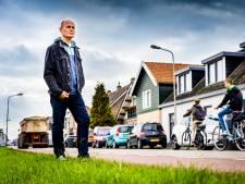 Bewoners van de Molendijk in Klaaswaal zijn het zat: 'Er is hier een snelheid gemeten van 146 km per uur'