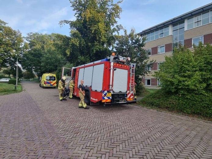 De brandweer heeft de slaapkamer in het woonzorgcentrum van GGnet in Doetinchem nageblust.
