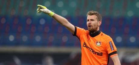 Bosz is doelman Hradecky weken kwijt bij Leverkusen