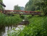 Twaalf ton over de Reusel gelegd, voor de fietsers tussen Moergestel en Haghorst