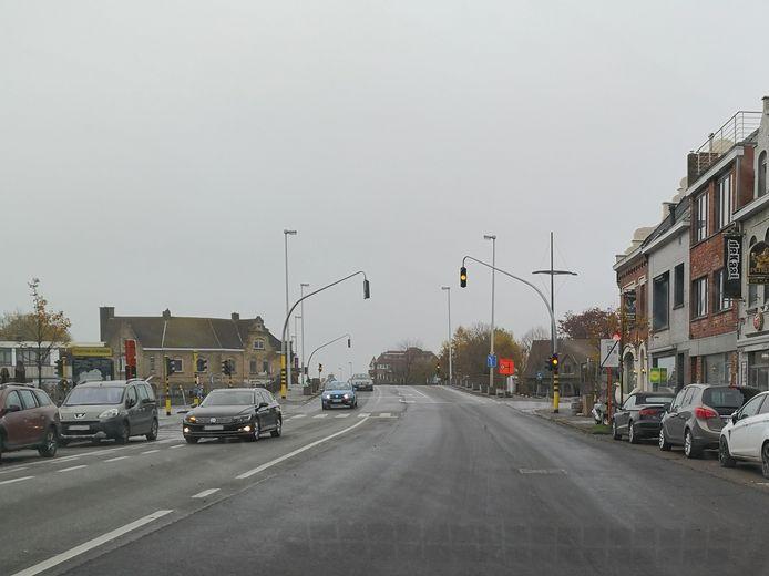 Verkeerslichten aan Hoge Brug Diksmuide staan op knipperstand zolang de detectielussen niet zijn hersteld