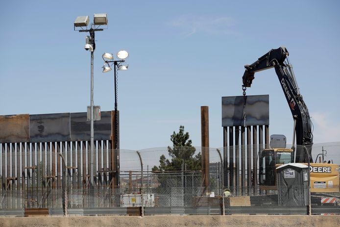 Een deel van de grensmuur bij El Paso, Texas.