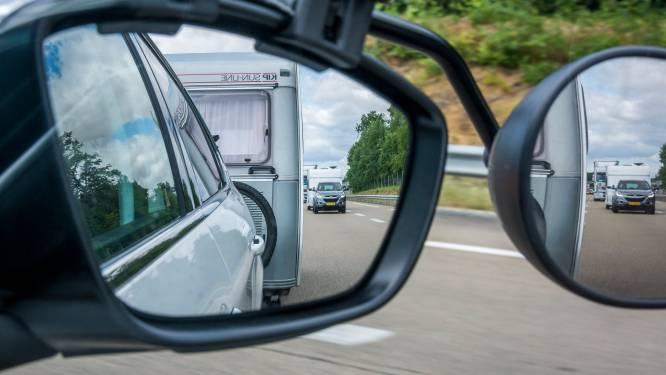 'Zijn die grote caravanspiegels nog wel nodig?'