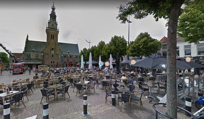 Gaat de Alkmaarse horeca het Waagplein overkappen?