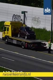 Foutje, bedankt: brommobiel rijdt op de A20 én tegen de richting in