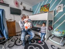 Gezin Shahin wil weg uit woning: 'We vinden racistische briefjes in de tuin: Moslims, rot op!'