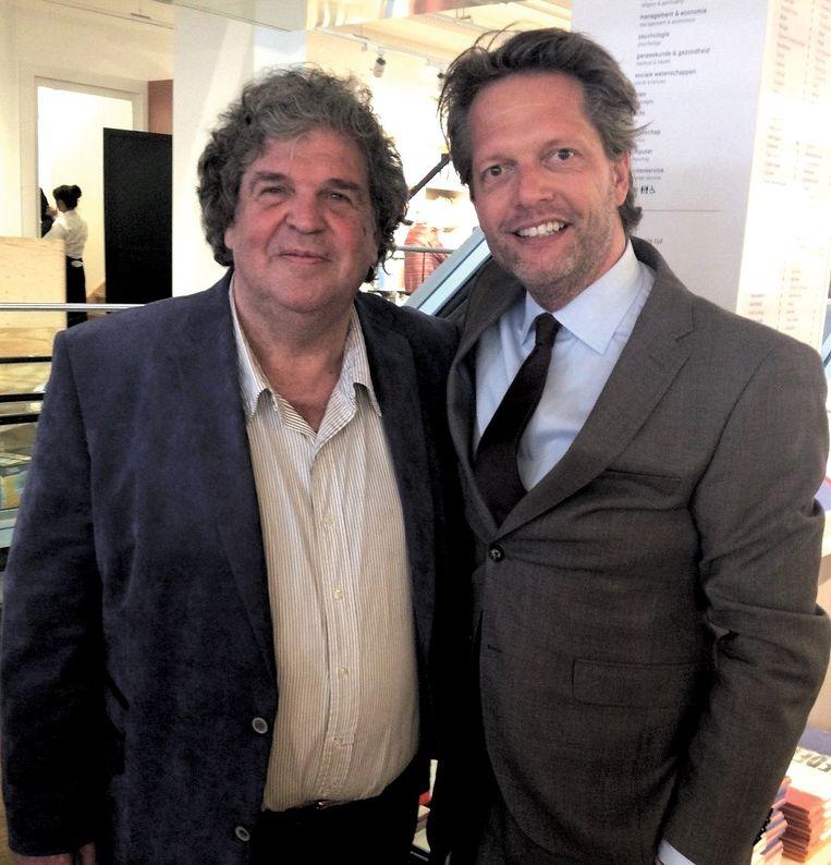 Met A.F. Th. van der Heijden Beeld .