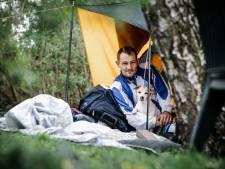 Tent dakloze Donny opgeruimd door gemeente: 'Het is een gekkenhuis. Ik heb geen slaapplek meer'