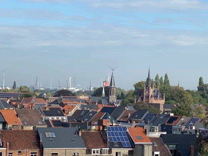 Een prachtig zicht over de stad, van op het dak van de Begijnhofkerk