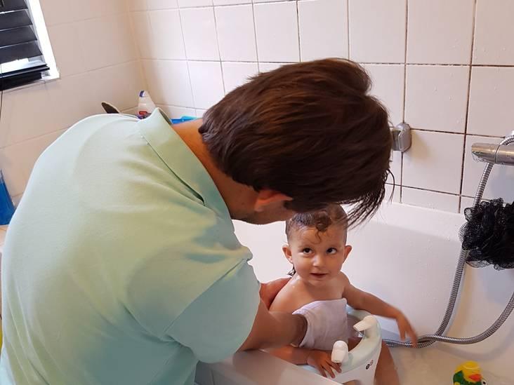 Lekker spetteren en spelen in bad